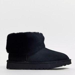 New UGG Classic Mini Fluff ankle boot black sz 10